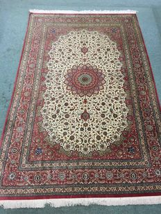 Persian Qom rug in extra fine silk, signed, collector's piece