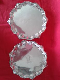 Two silver salver, George II - London - 1755