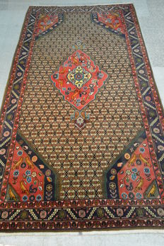 Beautiful Persian carpet / Koliay, 300 x 160cm. End of the 20th century