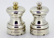 Silver salt and pepper shakers, M.C. Hersey & Son, London, 1996