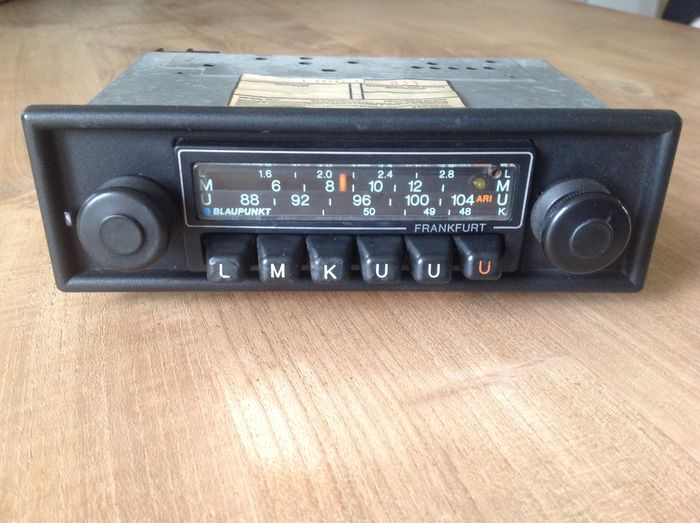 blaupunkt frankfurt car radio with fm and ari 1977. Black Bedroom Furniture Sets. Home Design Ideas