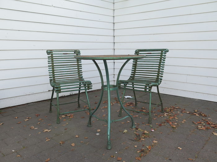 arras a wrought and cast iron garden furniture consisting of a