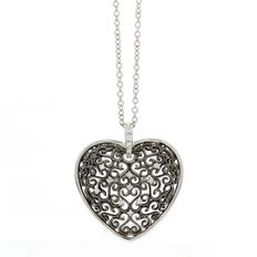 Alfieri & St. John – Necklace with a heart pendant in 18 karat gold, rhodium-plated in white and black, set with diamond