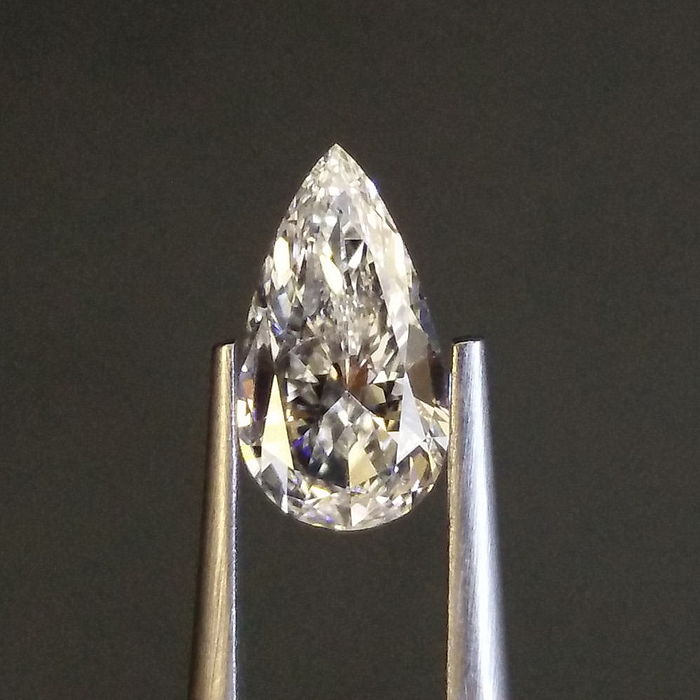 GIA 0.99 ct  G   SI1 pear brilliant cut diamond