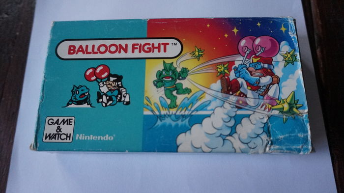 Nintendo Game & Watch - Balloon Fight BF-107 1988 - boxed with manual