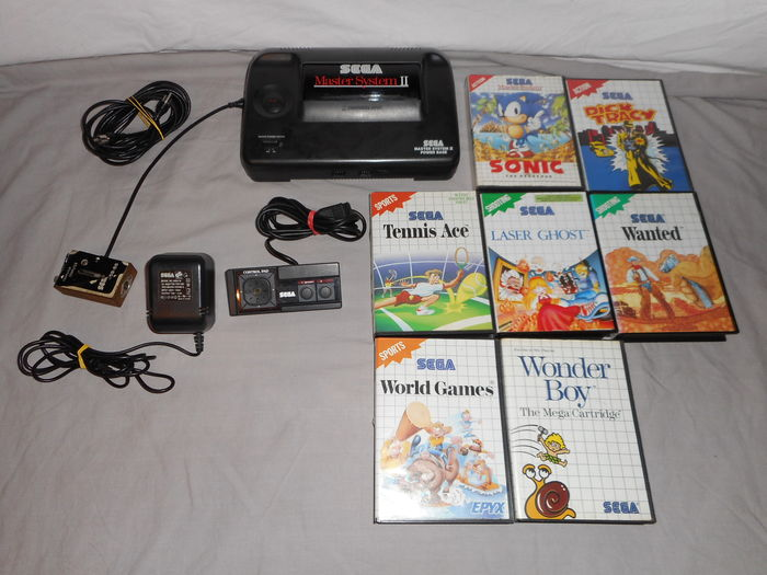 Sega Master System 2 Complete With All Original Cables 7 Games