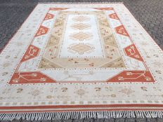 Oversized approx. 380 x 272cm - MILAS - made in Turkey - VERY GOOD CONDITION!
