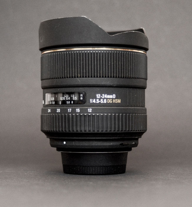 Sigma Ultra Wide Angle Zoom EX DG HSM Nikon Mount 12-24 mm for full ...