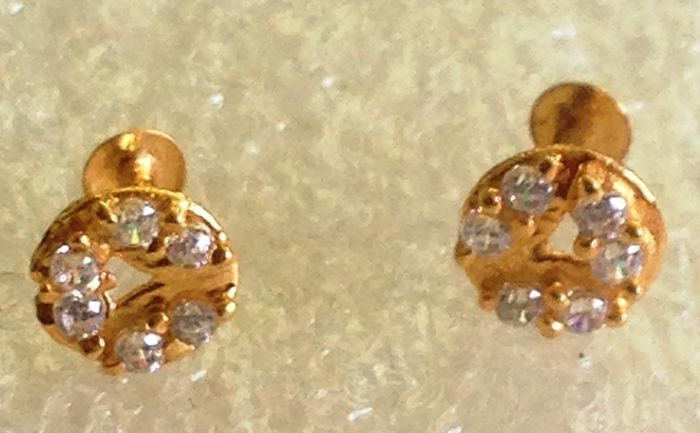 unisex  22 ct gold Indian nose stud// earring  x 1 piece  5 mm