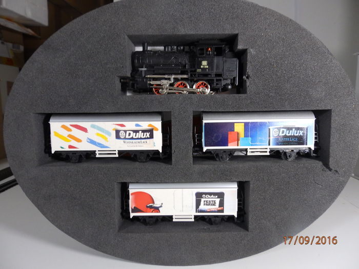 m rklin h0 dulux feste farbe tender locomotive and 3 boxcars catawiki. Black Bedroom Furniture Sets. Home Design Ideas