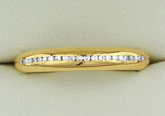 18kt Yellow Gold Diamond Band, As New!