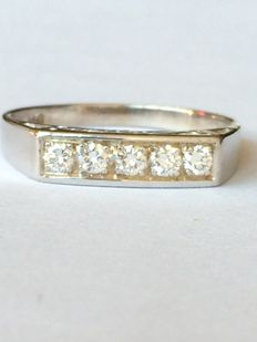 14 kt white gold ring set with 0.20 ct brilliant (F/G VS) – ring size 17.5