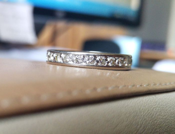 American Wedding Ring In White Gold And Around 1 Ct Of Diamonds