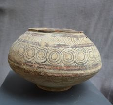 Terracotta Indus valley large pot with ornamental decor - 24,8 cm
