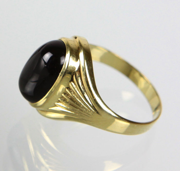 gold ring with onyx 333 gold catawiki. Black Bedroom Furniture Sets. Home Design Ideas