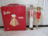 Regardez Vintage Barbie Midge 1962 with suitcase and original, extensive wardrobe and Ken 1960 - Mattel USA patented