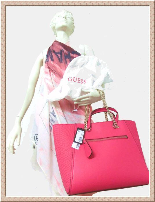 11ce150e72 Guess – Nikki Chain Tote Passion includes dust bag - Catawiki