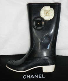 Chanel - rubber boots - rain boots