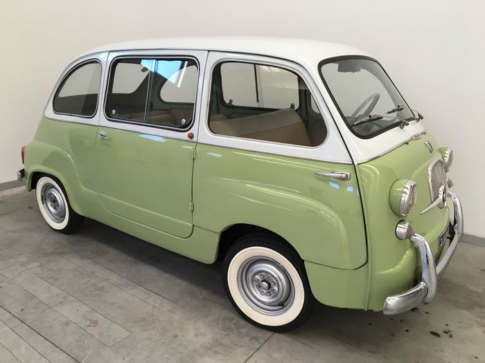"Fiat - 600 Multipla ""6-seater"" - 1962"