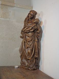 Beautiful large statue of Mary in wood - Tirol - Middle 20th century