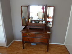 Walnut dressing table with mirrors and lots of drawers from England around 1930