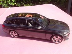 Norev - Scale 1/18 - Mercedes-Benz C-Class Estate - Grey