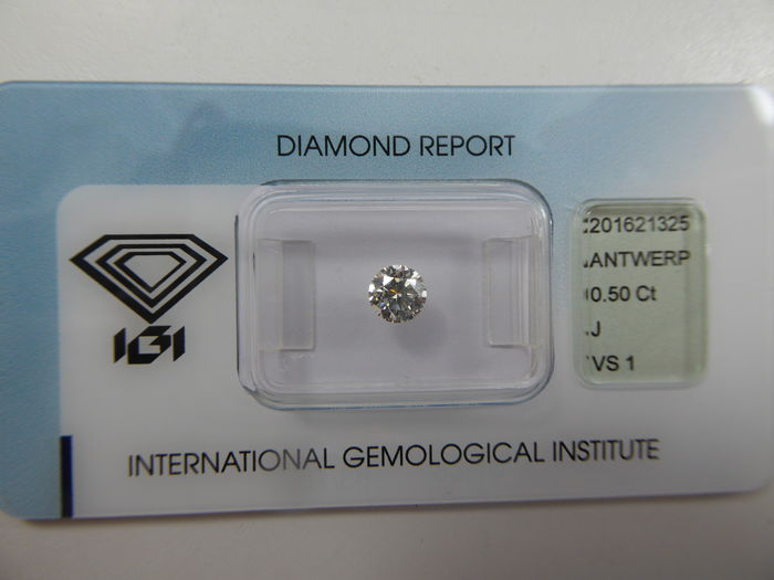 Ideal cut diamond 0.50 ct J VS1  ***Low Reserve Price***
