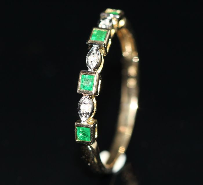 10k gold ring set with emerald and diamonds catawiki