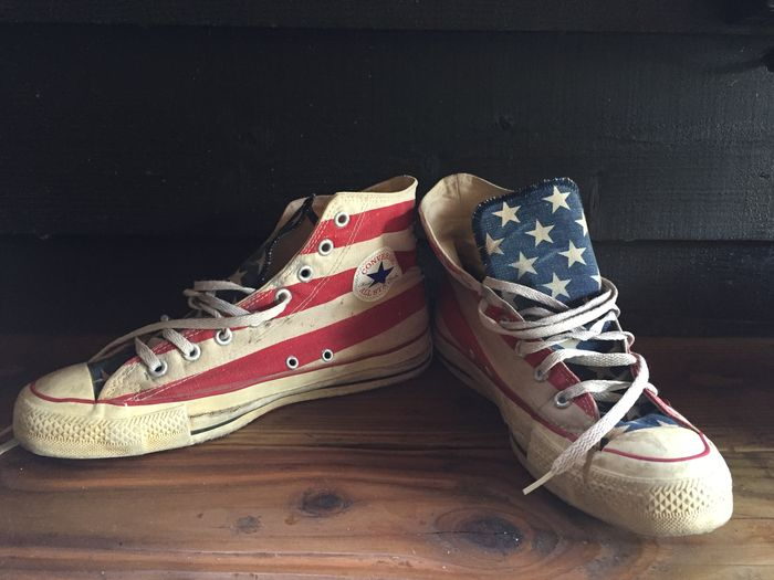 converse stars and stripes