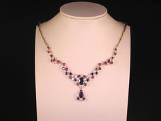 Yellow gold 18 kt diamond, sapphire and ruby necklace,.