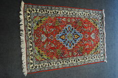 ARDEBIL very beautiful Persian authentic carpet knotted by hand 134 x 87 cm, Iran, around 1975
