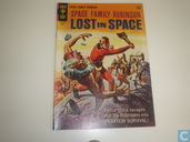 Space Family Robinson 21