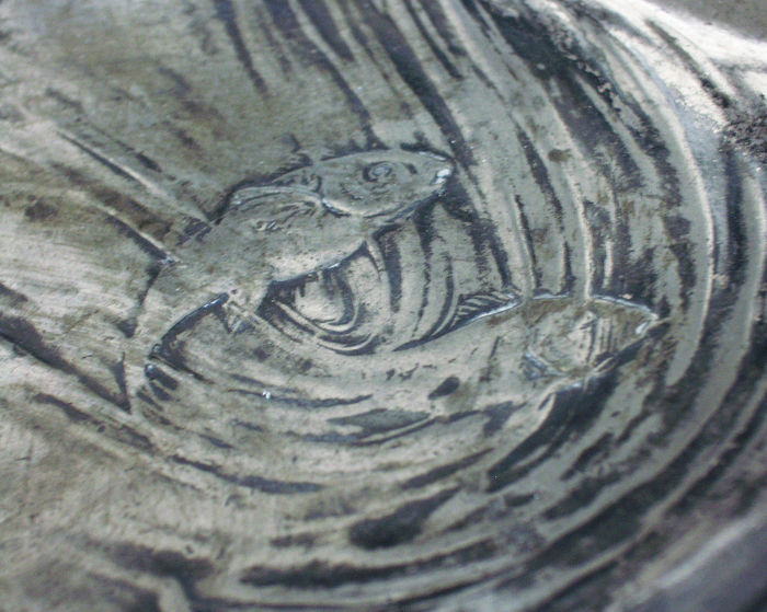 Mother and child at fish pond art nouveau table piece for Koi pond traduzione
