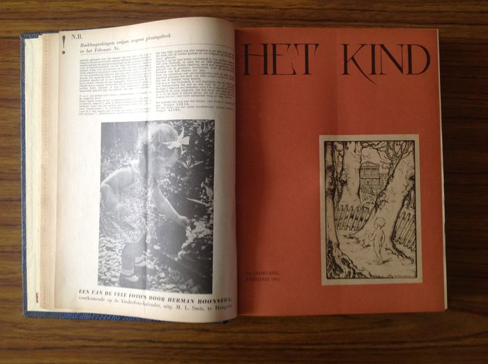 "Magazines; Lot with 3 collections of ""Het Kind"" - 1948 / 1955"