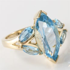 Yellow Gold Ring Set With Blue Topaz
