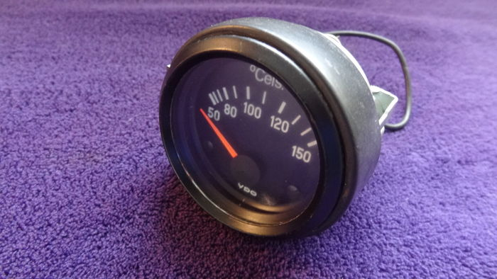 VDO - Electric Temperature Gauge - Range: 50-150 Degrees ...