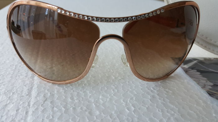 Versace - Sunglasses set with 45 rhinestones - Catawiki 0e19549aac