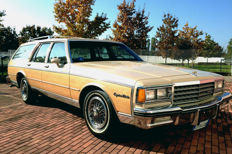 Chevrolet - Caprice Estate - 1982