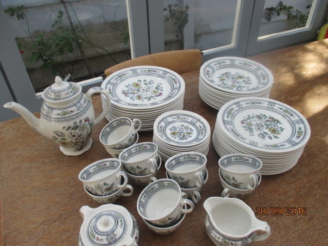 English porcelain crockery - Dorset Wood and Sons & English porcelain crockery - Dorset Wood and Sons - Catawiki