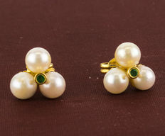 18 kt yellow gold - Earrings - Emeralds - Akoya pearls - Earring diameter 10.80 mm
