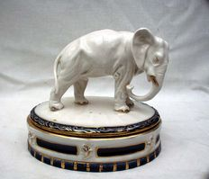 Royal Dux - Art Deco sweetmeat box