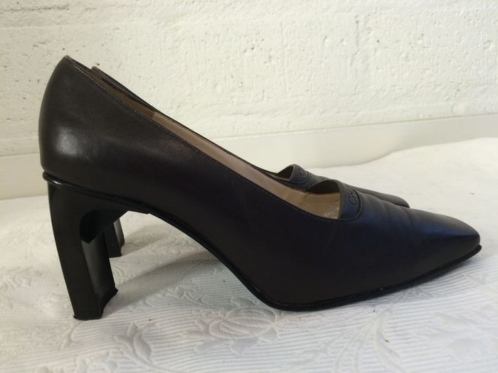 57411cff1f5 Chanel - shoes with high heel - Catawiki