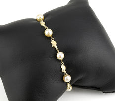 18 kt (750/1000) yellow gold – Bracelet – Akoya cultured pearl – Length: 19 cm
