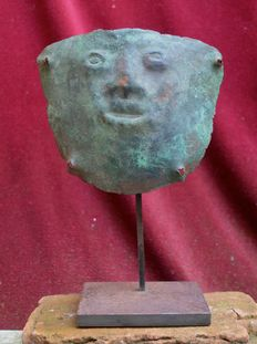 Pre Columbian mummy bundle mask - Vicus - 15,4 cm