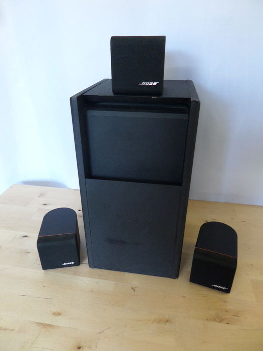 bose acoustimass 4 home theater speaker system catawiki. Black Bedroom Furniture Sets. Home Design Ideas