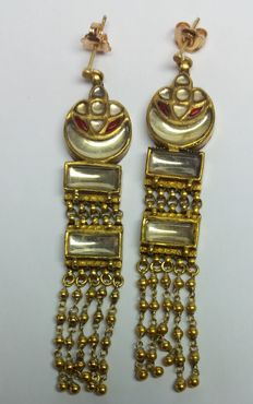 Antique Rajasthan gold earrings – 20 kt yellow gold.