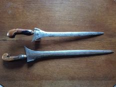 2 Keris Krisses - Java - Indonesia