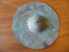 Bronze Ombo shield - 163 mm