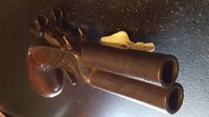 Rare big and heavy pistol time Louis-Philippe - double bunk barrels in Damascus