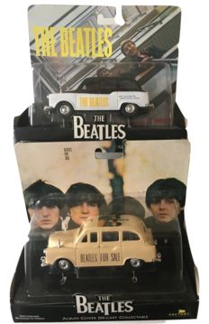 The Beatles - 2 Colletable Taxi Album Cover Miniature's Pleace Pleace Me And  Beatles For Sale